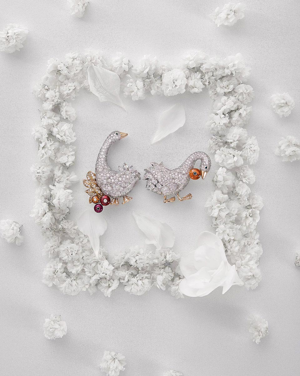 Commercial Product Photography Jewelry Van Cleef Arpels by Flying Pear