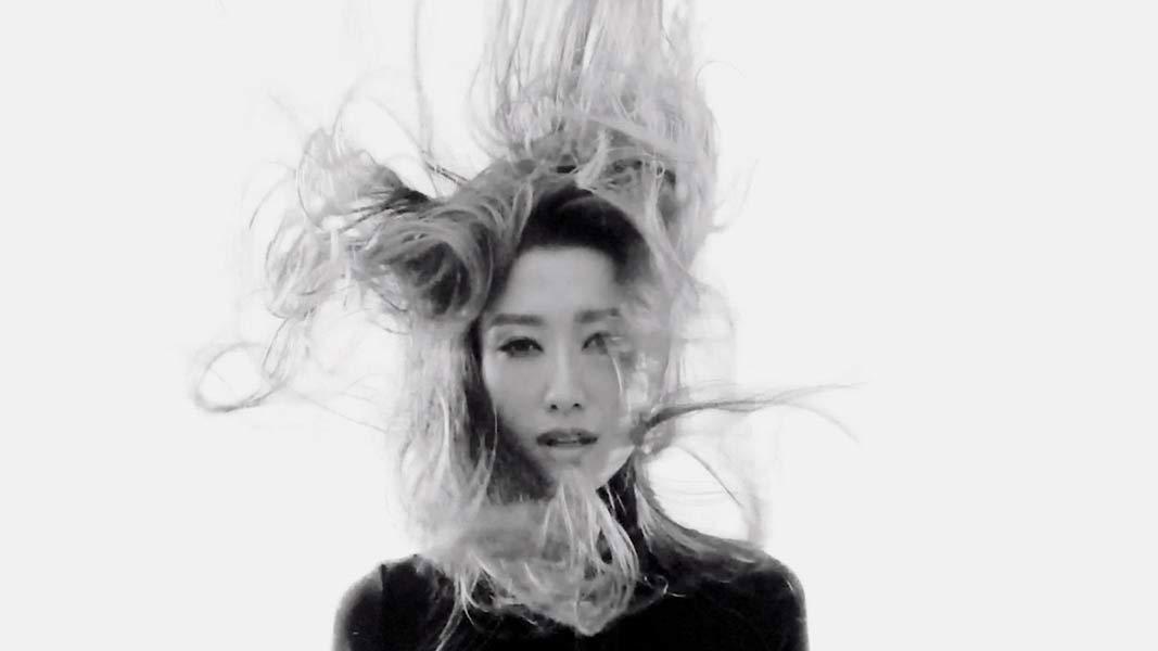 kr+ Kim Robinson Jennifer Tse Video Production Dusseldorf Flying Pear